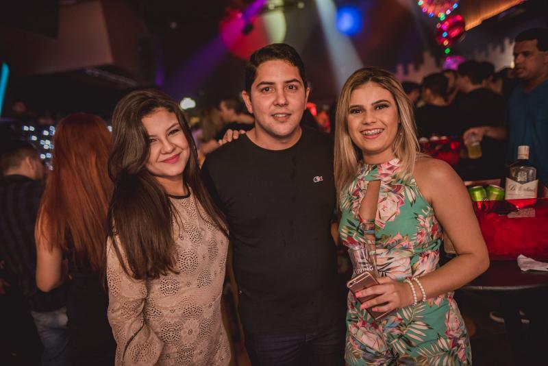 Bianca Alves, Tairone Gomes e Duda Sousa