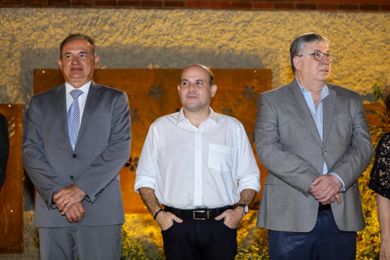 Washingtom Luis, Roberto Claudio e Maia Junior