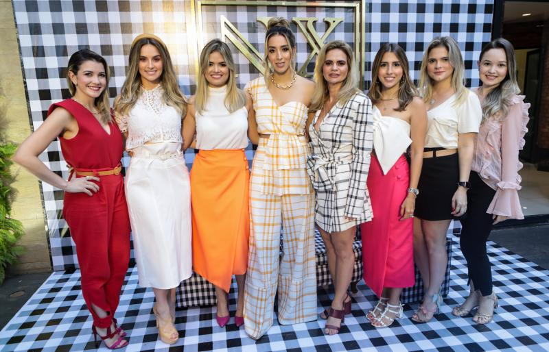 Lia Bastos, Laime Paz, Raquel Rocha, Nathalia Ximenes, Germana Cavalcante, Tayra Romcy, Carol Ciarline e Yasmin Matos