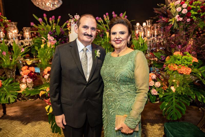 Franze e Valeria Gomes