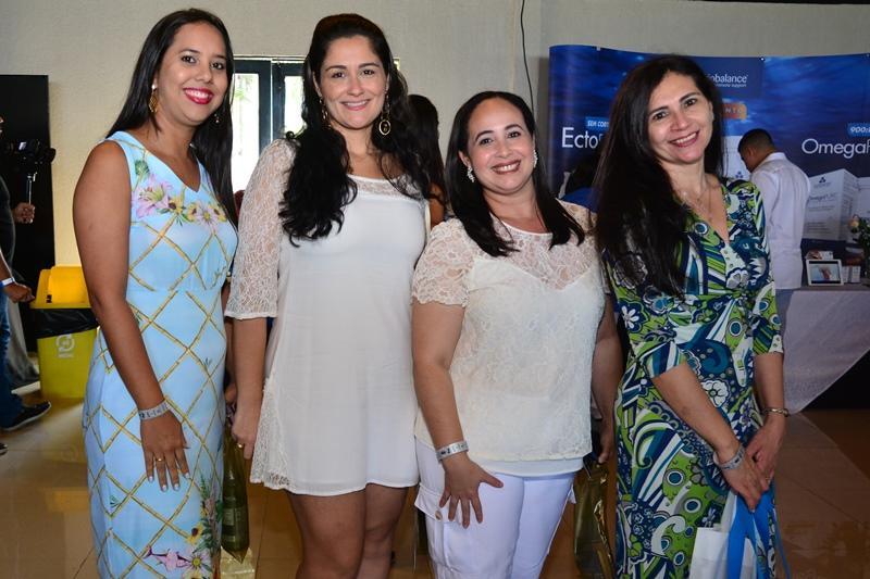Camila Castro, Larissa Malandrino e Sara Carvalho