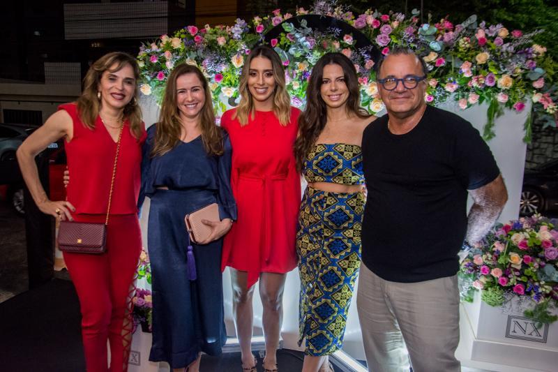 Sonia Ximenes, Claudia Moreira, Nathalia Ximenes, Lina Franck e Paulo Fiuza