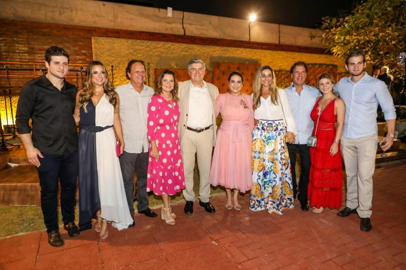 Omar e Fernanda Macedo, Wilton e Geni Levy, Amarilio e Patricia Macedo, Celia, Artur e Bruna Magalhaes, Levi Macedo