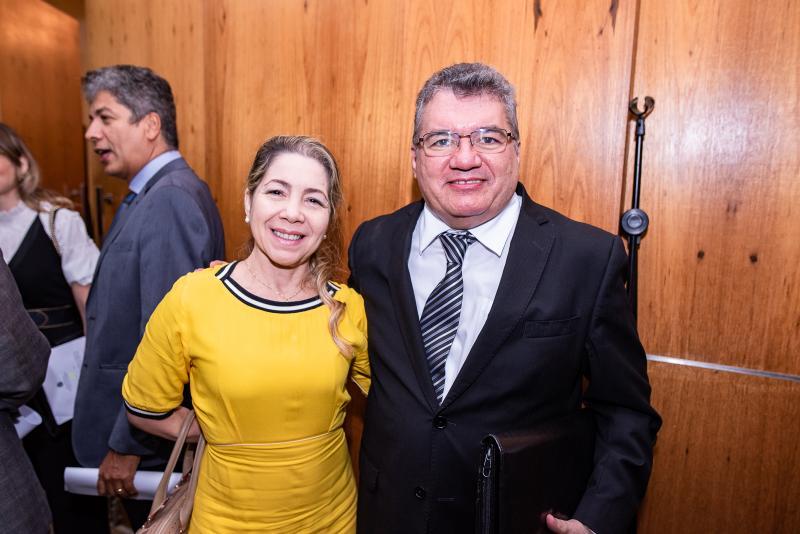Solange Marinho e Jose Damaceno