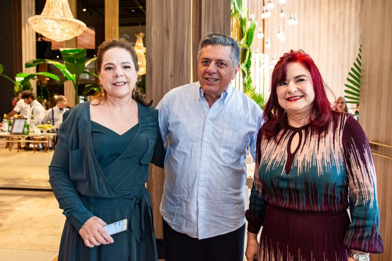 Silvia Neves, Ubaldo Neves e Jurassi Neves
