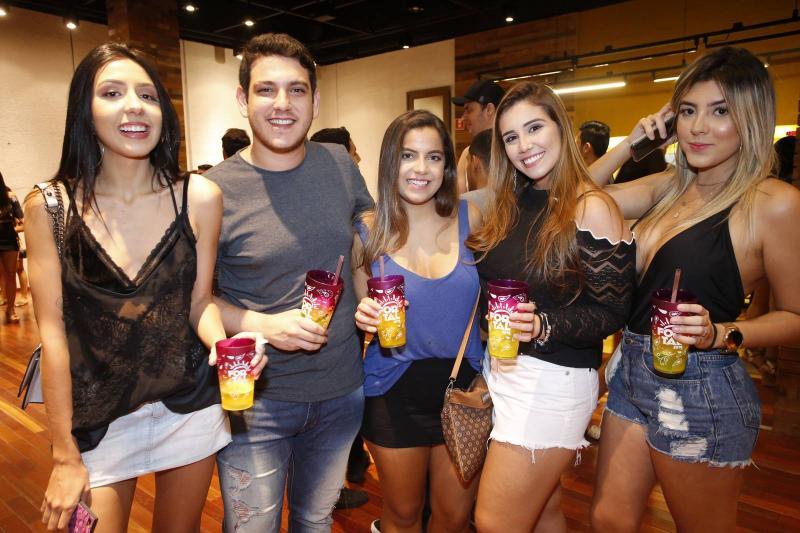 Libia Sales, Adriano Alves, Julia feitosa, Julia Freitas e Luciana Nobre