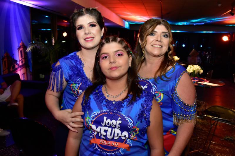 Lais Costa, Cecilia Santos e Luiza Aurelia