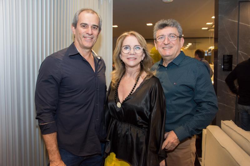 Paulo Andre Salles, Sofia Linhares e Jorge Lotif