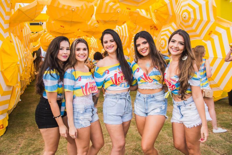 Camila Leite, Barbara Sassi, Jessica Monteiro, Lais Lourenco e Txai Brasil