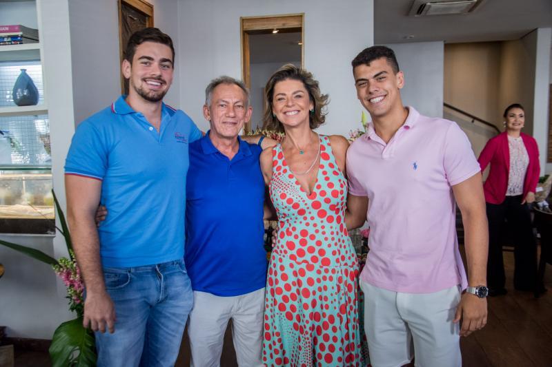 Matheus Wolf, Josias Martins, Ana Cristina Wolf e Gabriel Wolf