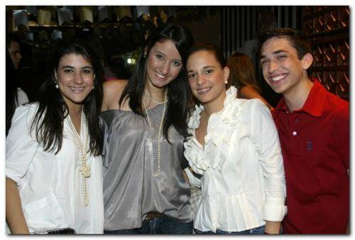 Beatriz Portela, Talita Carneiro, Gabriela Fonseca e Bruno Parente