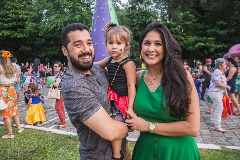 Fernando Passos, Stephanie Vargas e Thaynara Vargas