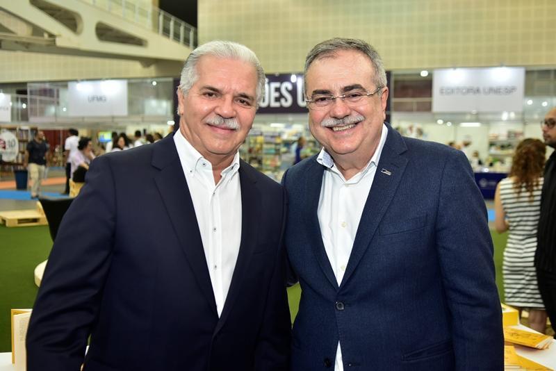 Pio Rodrigues, Assis Cavalcante