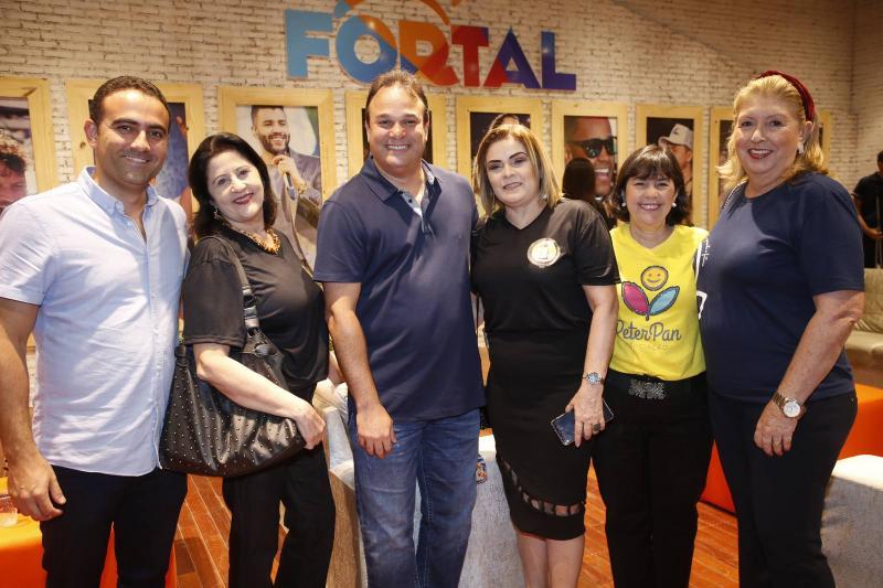 Reno Vercosa, Liduina Donato, Enio Cabral, Lucia Severo, Olga Freire e Rosangela Formentim
