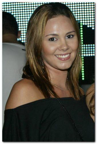 Shirley Marinho