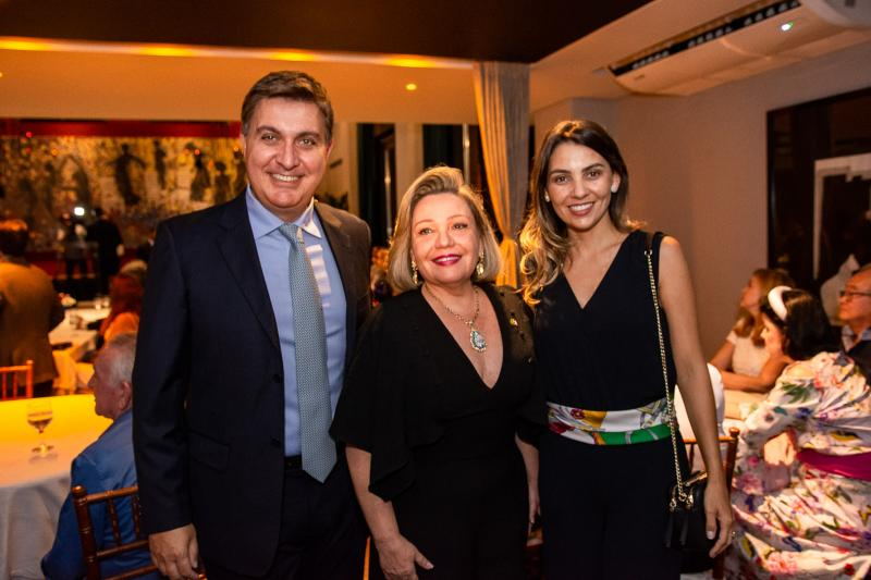 Fernando Campana, Fernanda Carapeba Jensen e Camila Lazeri