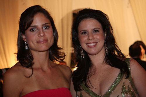 Ana Amelia Pinheiro e amiga