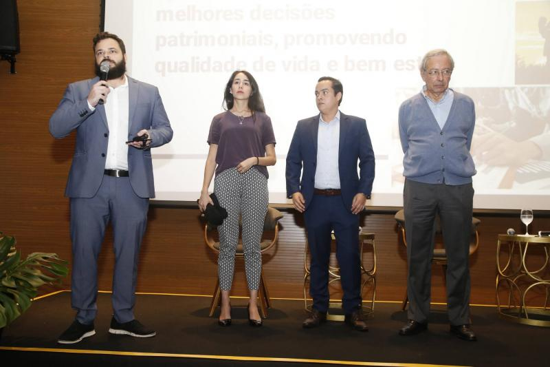 Felipe Romcy, Betina Roxo, Yuri Veras e Luiz Alves