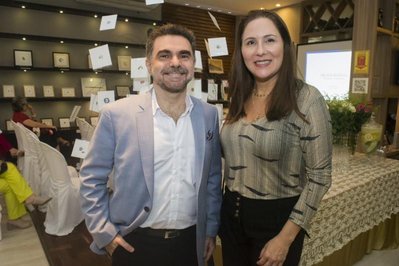 Isaac Furtado e Alessandra Soares