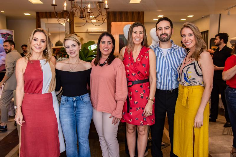 Ana Paula Daud, Sarah Mota, Luiza Soares, Carla Nogara, Andre Boffano e Gabriela Branco