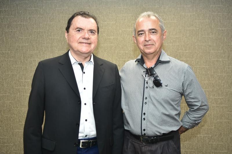 Oscar Nogueira, Erildo Pontes