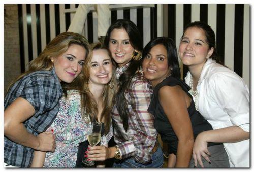 Jamile Cruz, Natalia Macedo, Karine Militao, Lorena Gomes e Marcele Azevedo