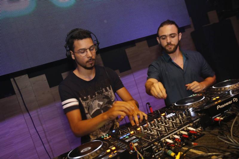 DJs Otavio Lucas e Gabriel Albu 2