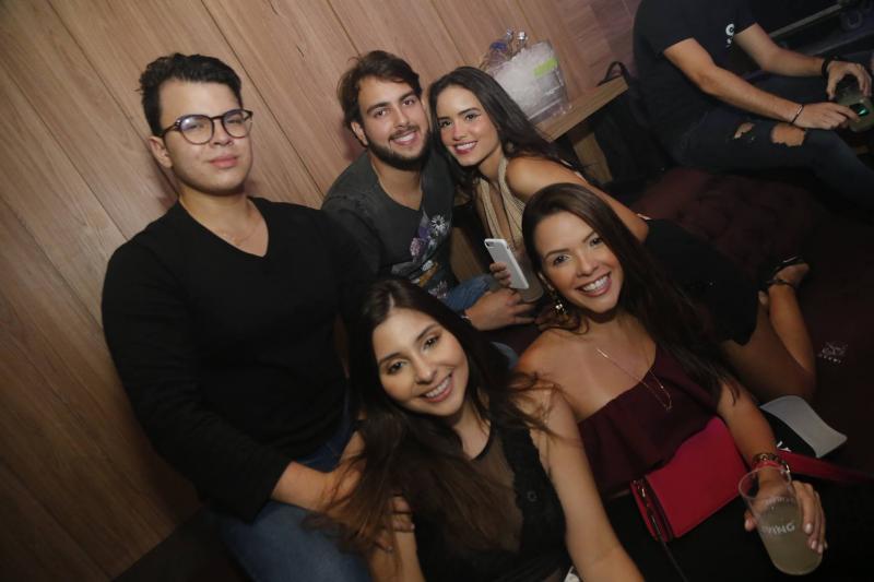 Breno Maia, Anderson Montenegro, Alice Albana, Mariana Praxedes e Juliana Castro