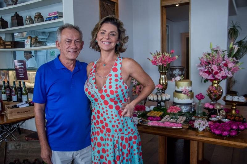 Josias Martins e Ana Cristina Wolf