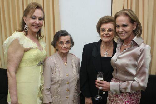 Noélia Pinheiro, Rivalda Pinheiro, Rosele Pinheiro e Sheila dos Mares Guia