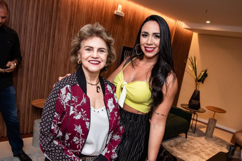 Nilce Rodrigues e Amanda Rodrigues