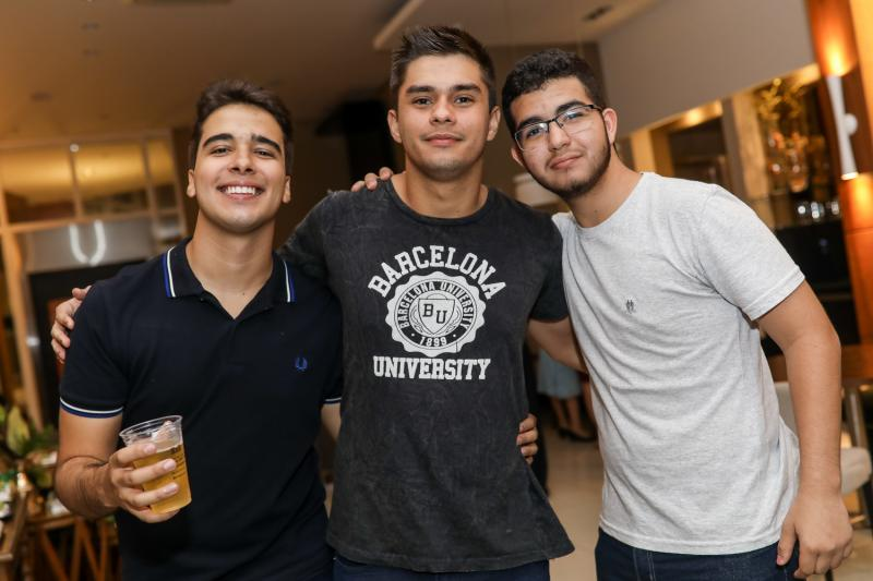 Davi Teixeira, Raul Capelo e Wilame Morais