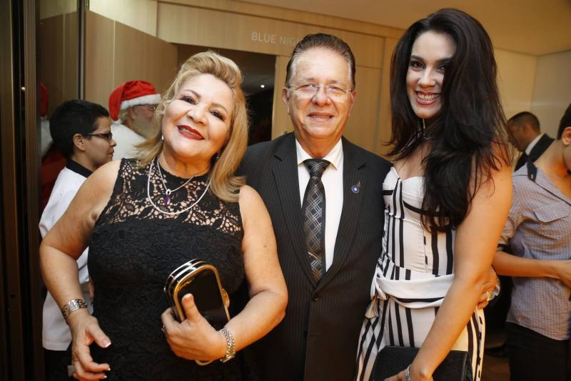 Marta Peixe e José Waldo Silva e Renata Magalhaes