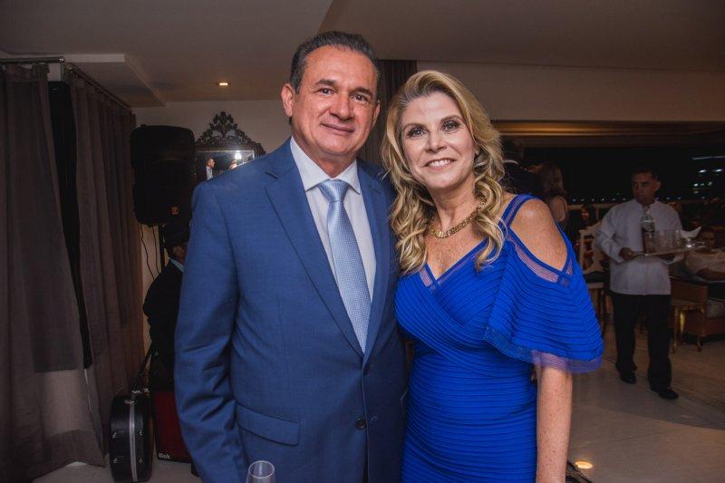Novo presidente do TJ, Washington Araújo é a figura central de jantar pilotado  por Rosângela de Francesco, após a posse
