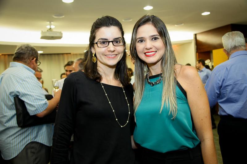 Natali Camarão e Veronica Dias