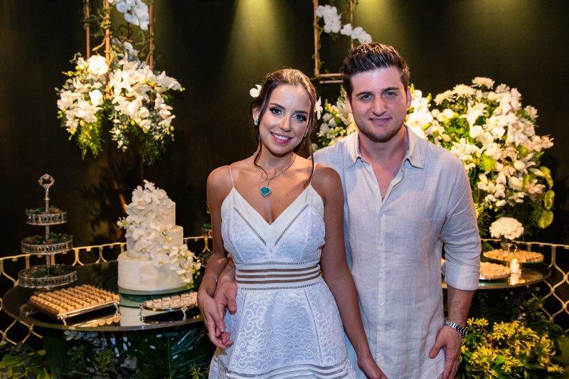 Fernanda Levy e Omar Macêdo se casam pela Lei dos Homens