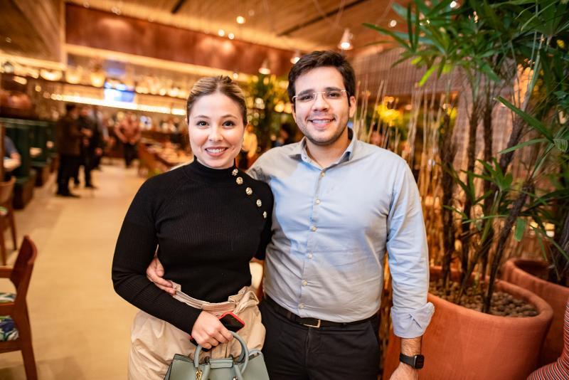 Maira Guerreiro e Carlos Santiago