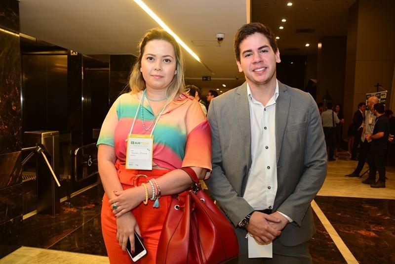 Taynara Almeida e Neil Alden