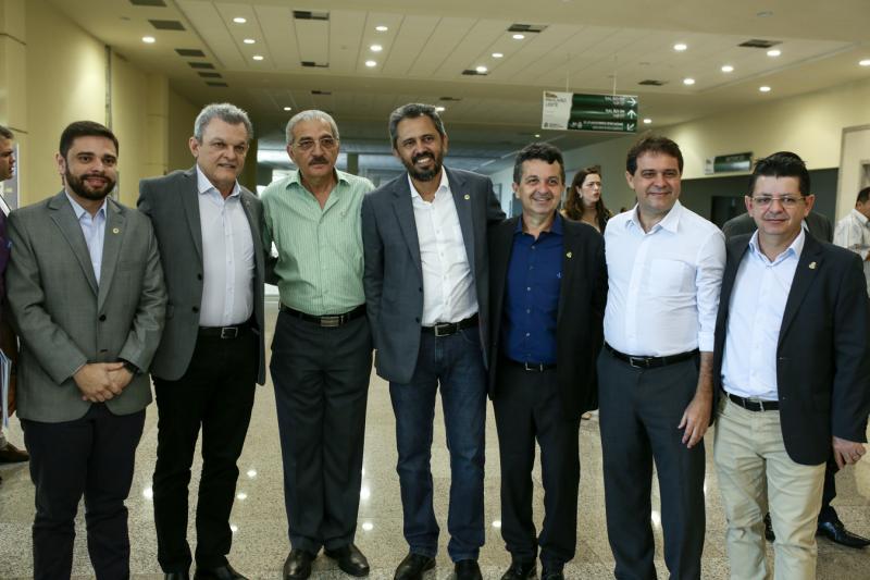 Julio Cesar, Sarto Nogueira, Walter Cavalcante, Elmano,Jeova Mota, Evandro Leitão e Nizo Costa