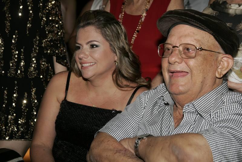 Vanessa Queiros e Zenilo Almada