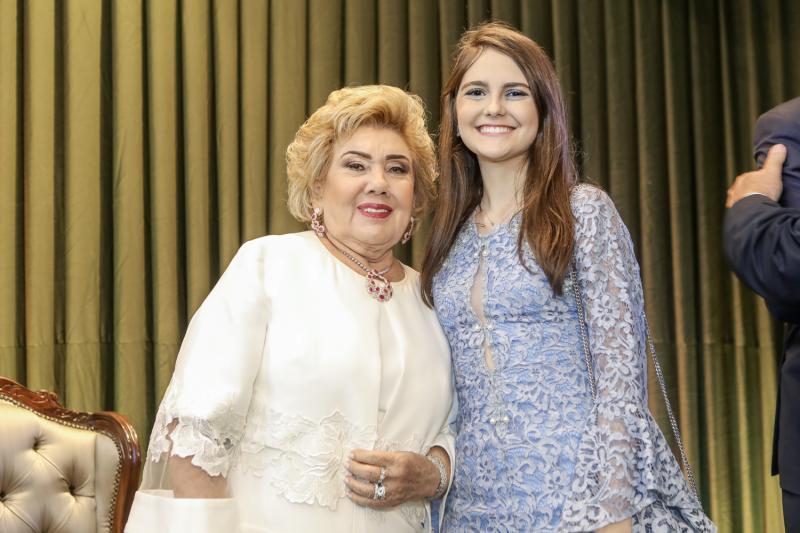 Consuelo e Gabriela Dias Branco