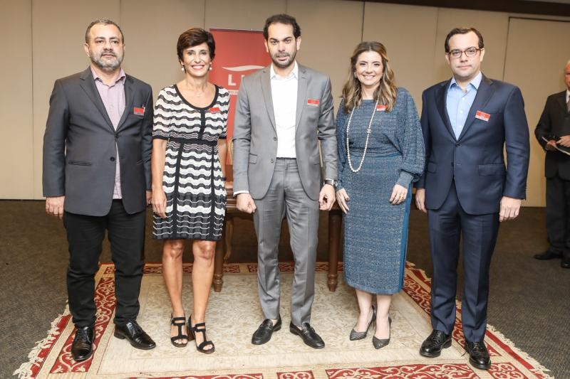 Vicente Junior, Silvia Bastos, Claudio Vale, Emilia Buarque e Ivo Machado