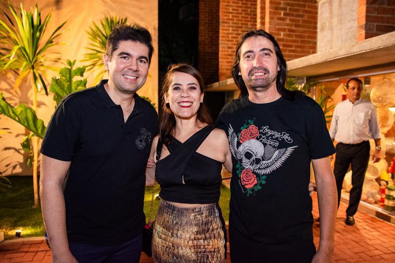 Itaque, Soraya Freire e Hoto Junior
