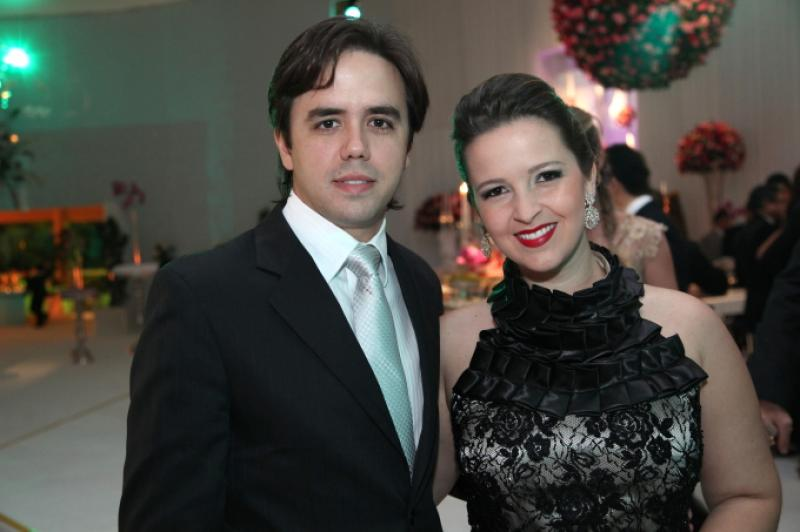 Philomeno Neto e Naiana Philomeno