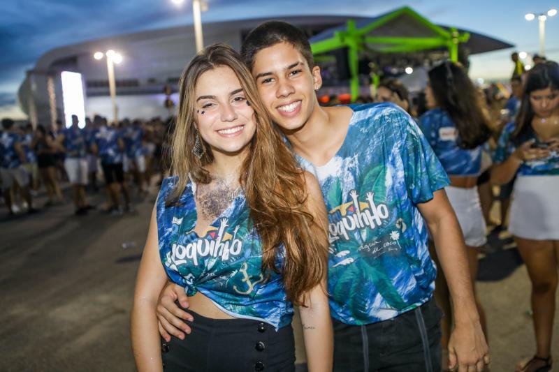 Fernanda Queiroz e Gabriel Saraiva
