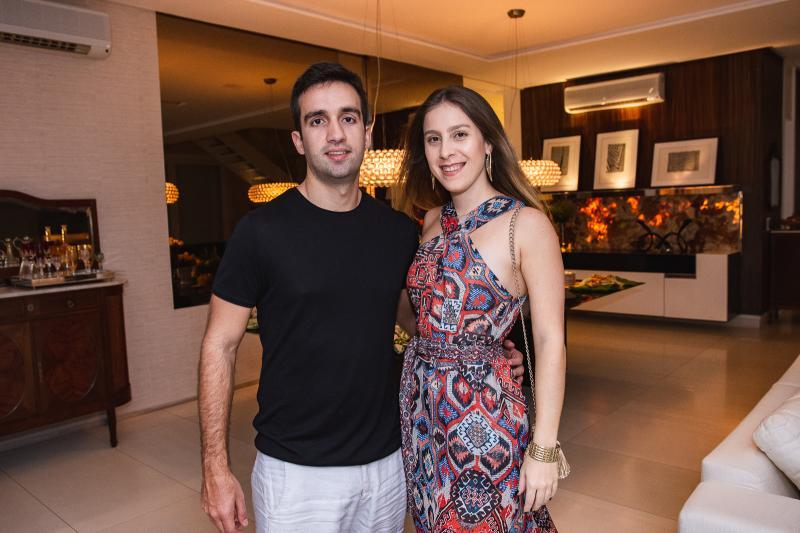 Italo Martins e Talita Pontes