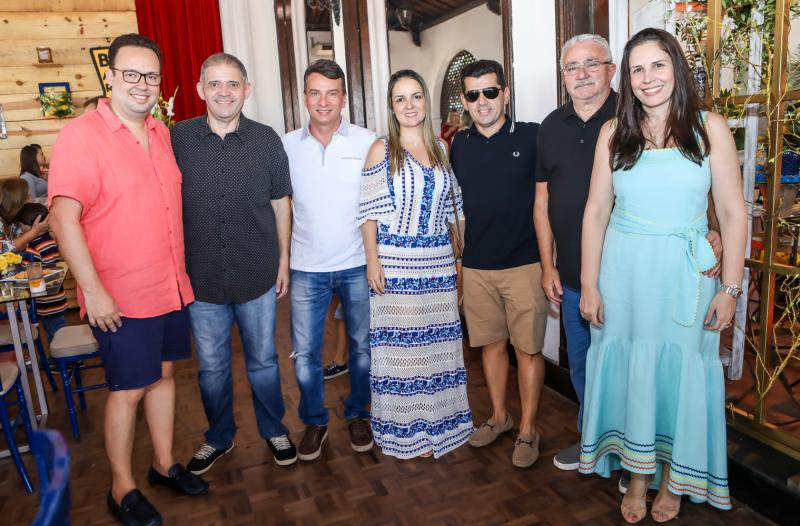 Daniel Joca, Andre Rocha, Barroso Filho, Erick e Raquel Vasconcelos, Alcimor e Fabiola Rocha