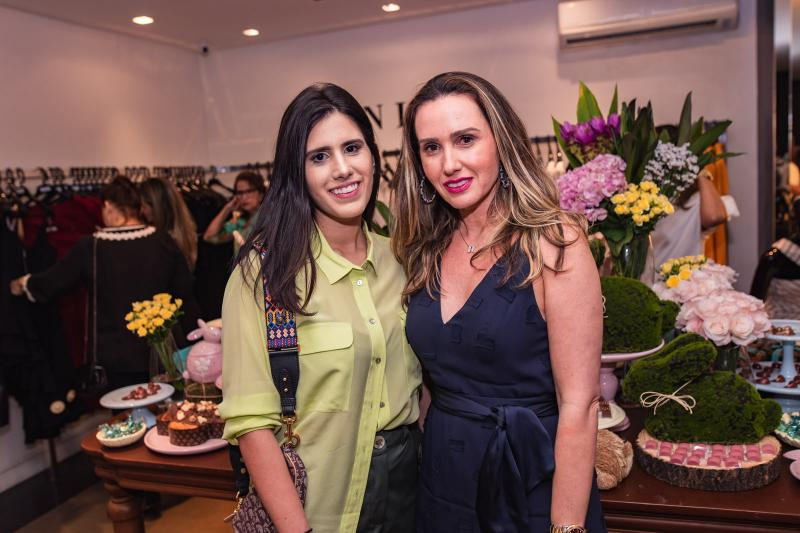 Natalia e Roberta Nogueira