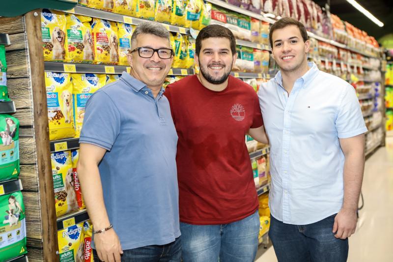 Vicente e Mateus Monte, Pedro Gadelha