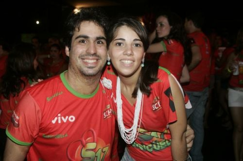 Rodrigo Farias e Priscila Aquino